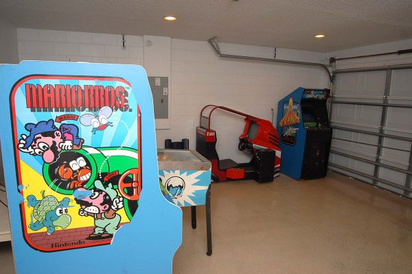 Lake Berkley Games Room (1)