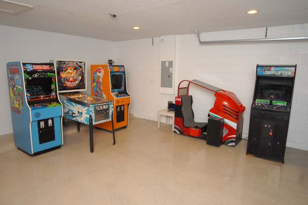 Lake Berkley Games Room (2)